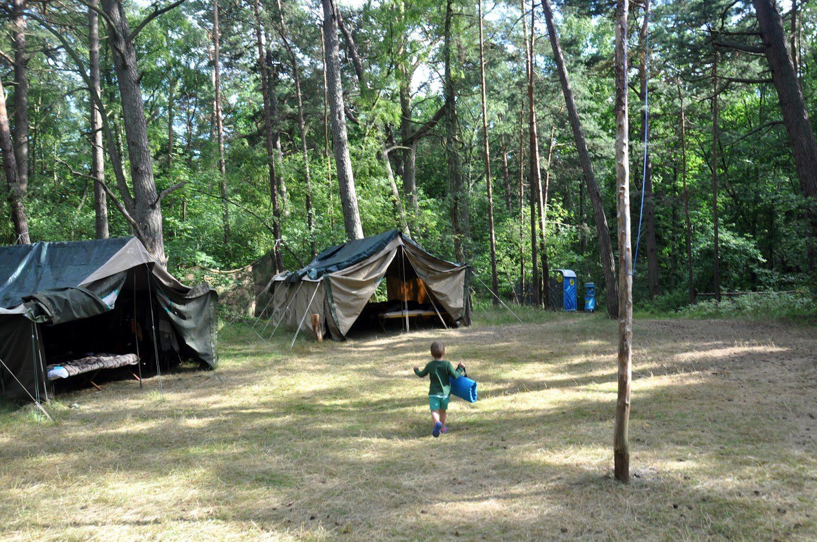 Co trzeba wiedzieć wysyłając dziecko na obóz
